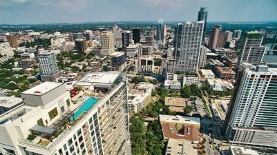 Real-Estate-Aerial-view-of-Austin-800x450